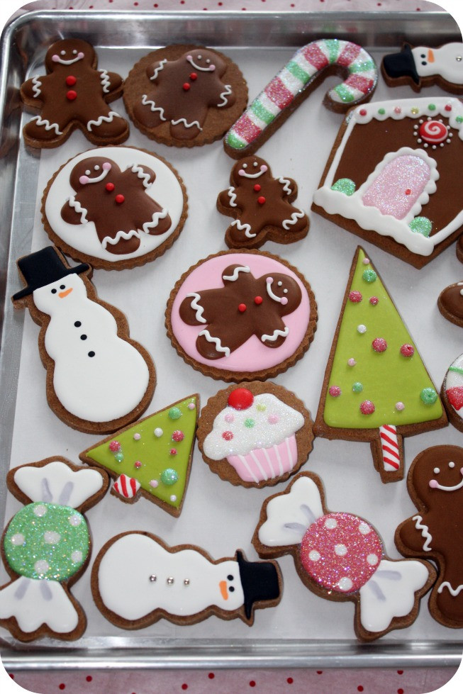Royal Icing Christmas Cookie  Staying Organized While Decorating Cookies – 10 Tips