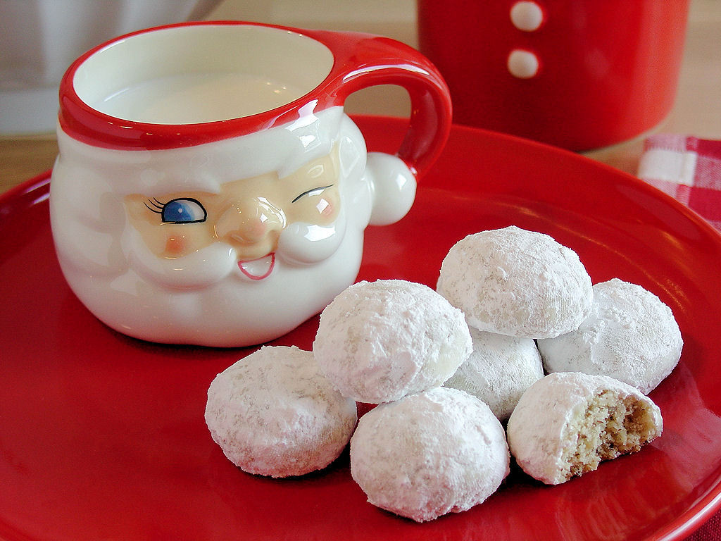 Russian Christmas Cookies  Russian Teacakes by WickedGoodKitchen glutenfree