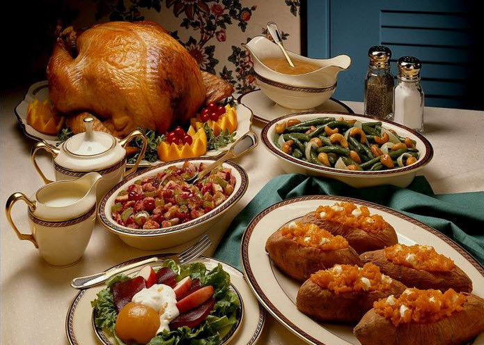 Russian Christmas Dinners  5 Christmas Traditions From Around The World With Santa