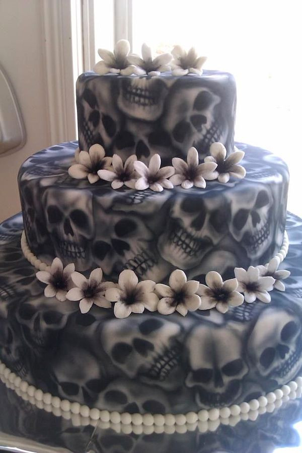 Scary Halloween Cakes  25 Best Ideas about Scary Cakes on Pinterest