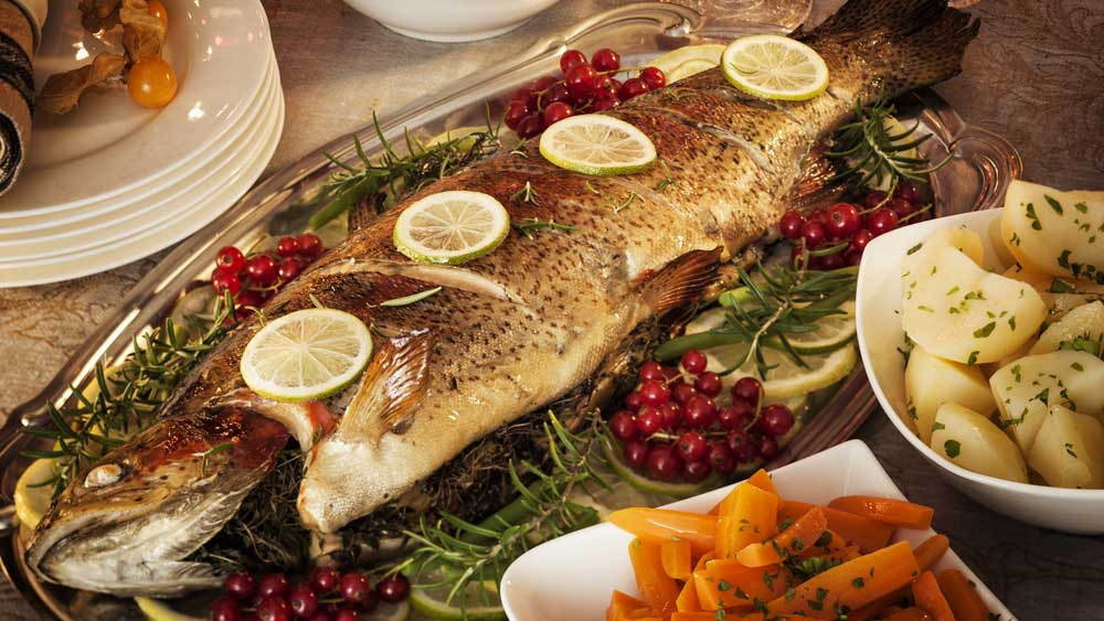 Seafood Christmas Dinners  Expert tips for picking the best seafood for Christmas
