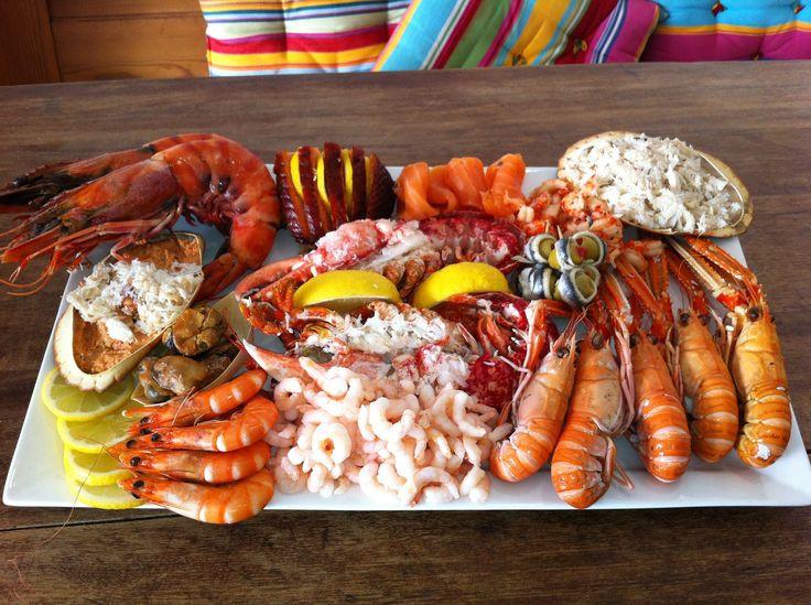 Seafood Christmas Dinners  Best 25 Seafood platter ideas on Pinterest