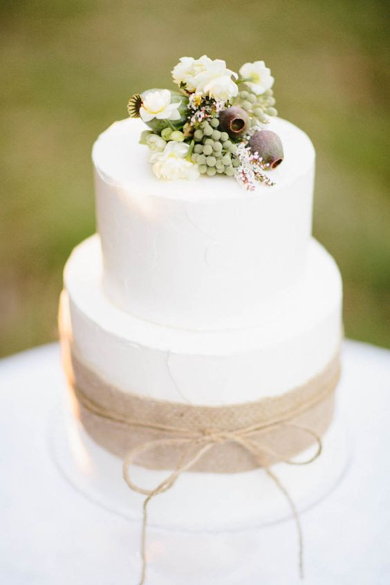 Simple Fall Wedding Cakes  French Provincial Inspiration at Montrose Berry Farm from