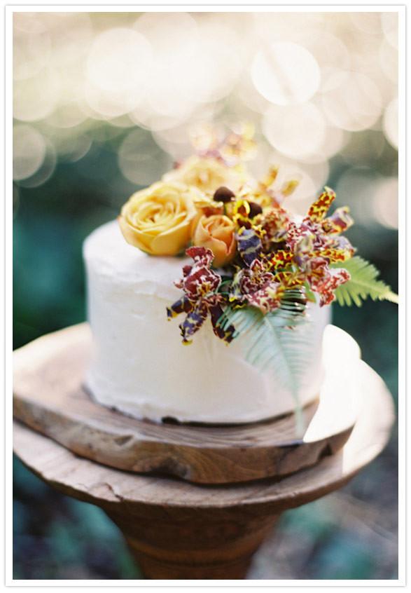 Simple Fall Wedding Cakes  Rustic fall wedding ideas Wedding Inspiration