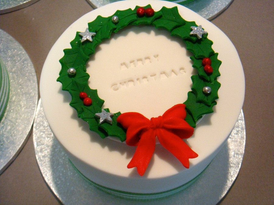 Small Christmas Cakes  Mini Christmas Cakes CakeCentral