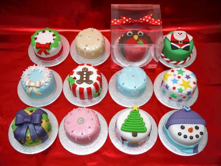 Small Christmas Cakes  1000 ideas about Mini Cakes on Pinterest