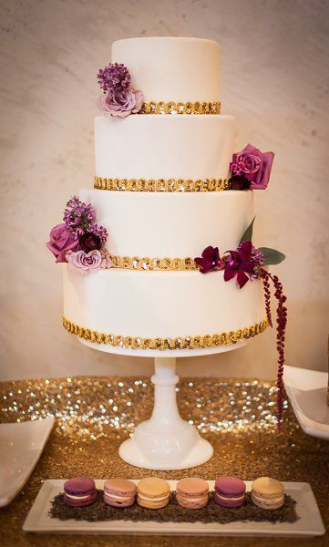 Small Fall Wedding Cakes  17 Best ideas about Small Wedding Cakes on Pinterest