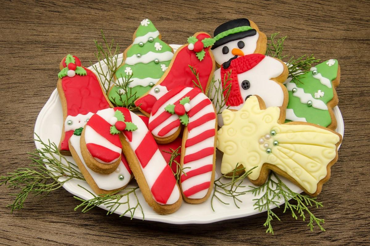 Soft Christmas Cookies  Soft Christmas Sugar Cookies KitchMe