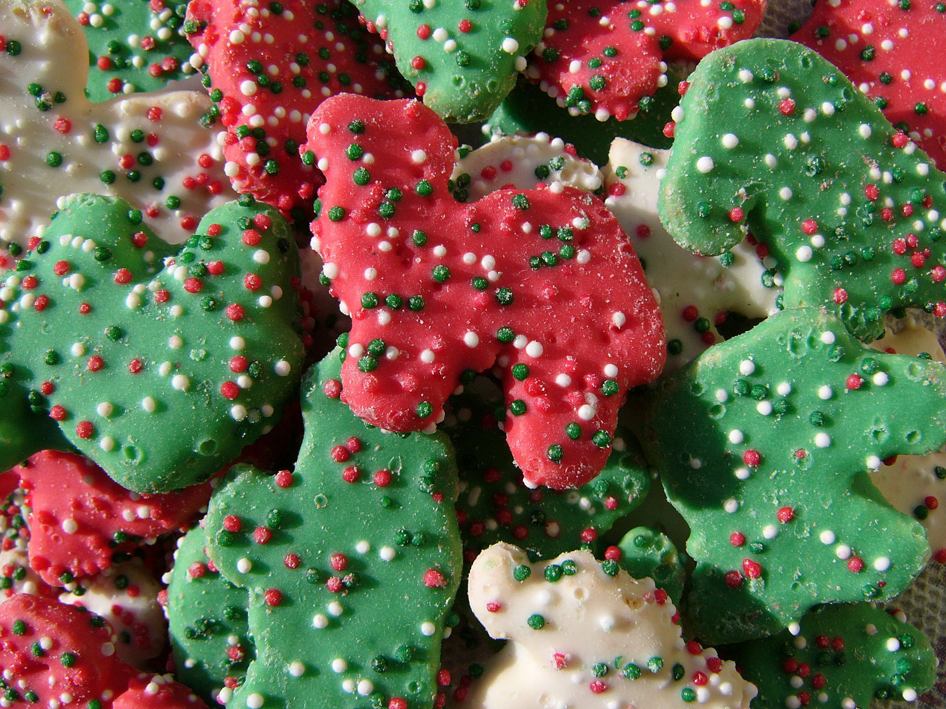 Store Bought Christmas Cookies  [TOMT] [Food] Store bought Christmas cookies from 1980s