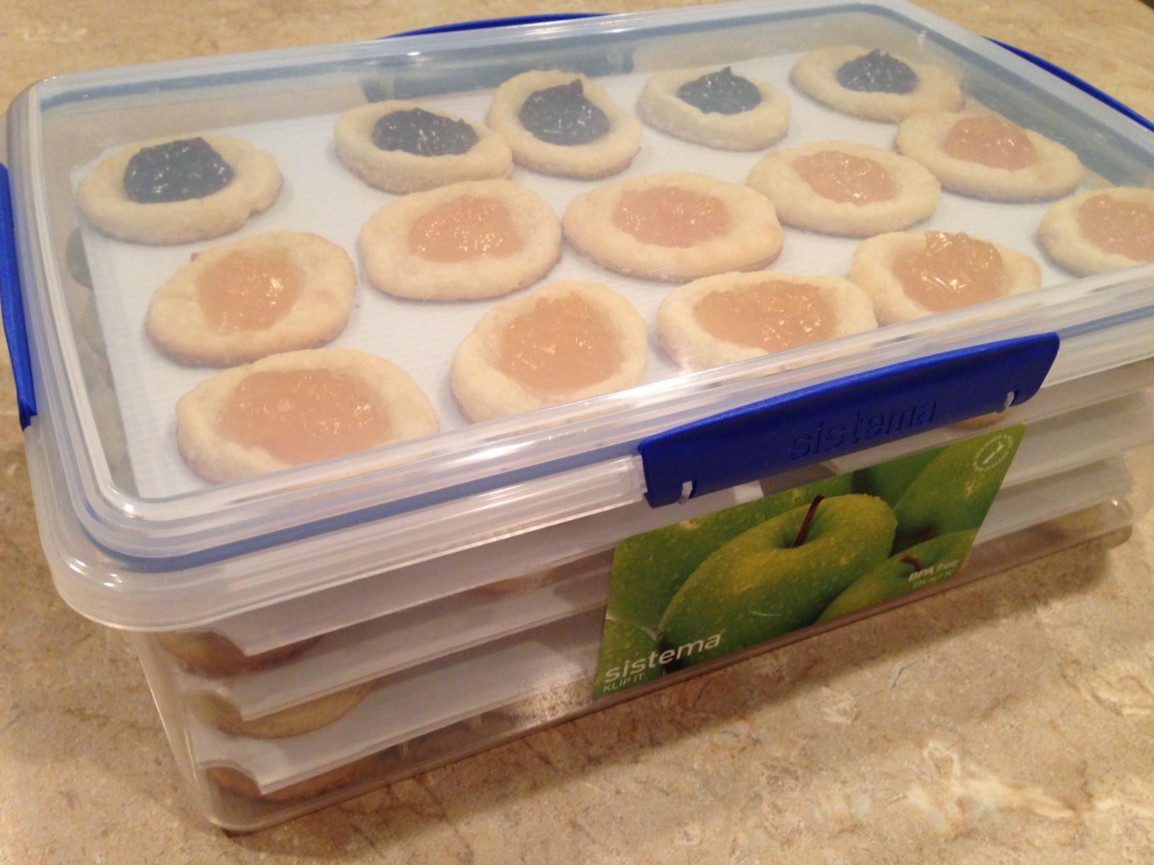 Storing Christmas Cookies  Cookies