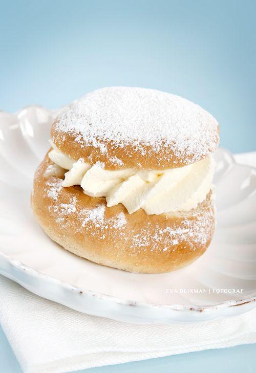 "Sweden Christmas Desserts  Swedish Desserts the swedish dessert ""Semla"""