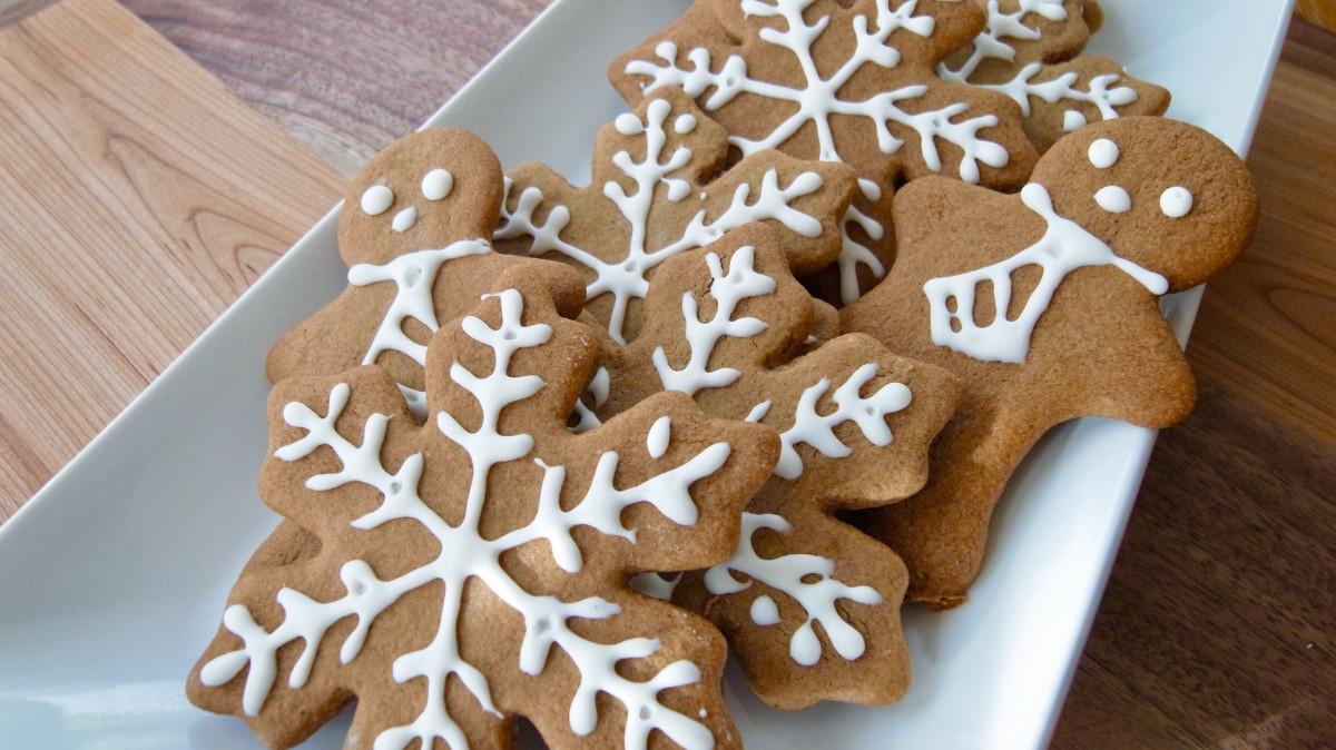 Swedish Christmas Cookies  Christmas Cookies Swedish Kringla and Pumpkin Gingerbread