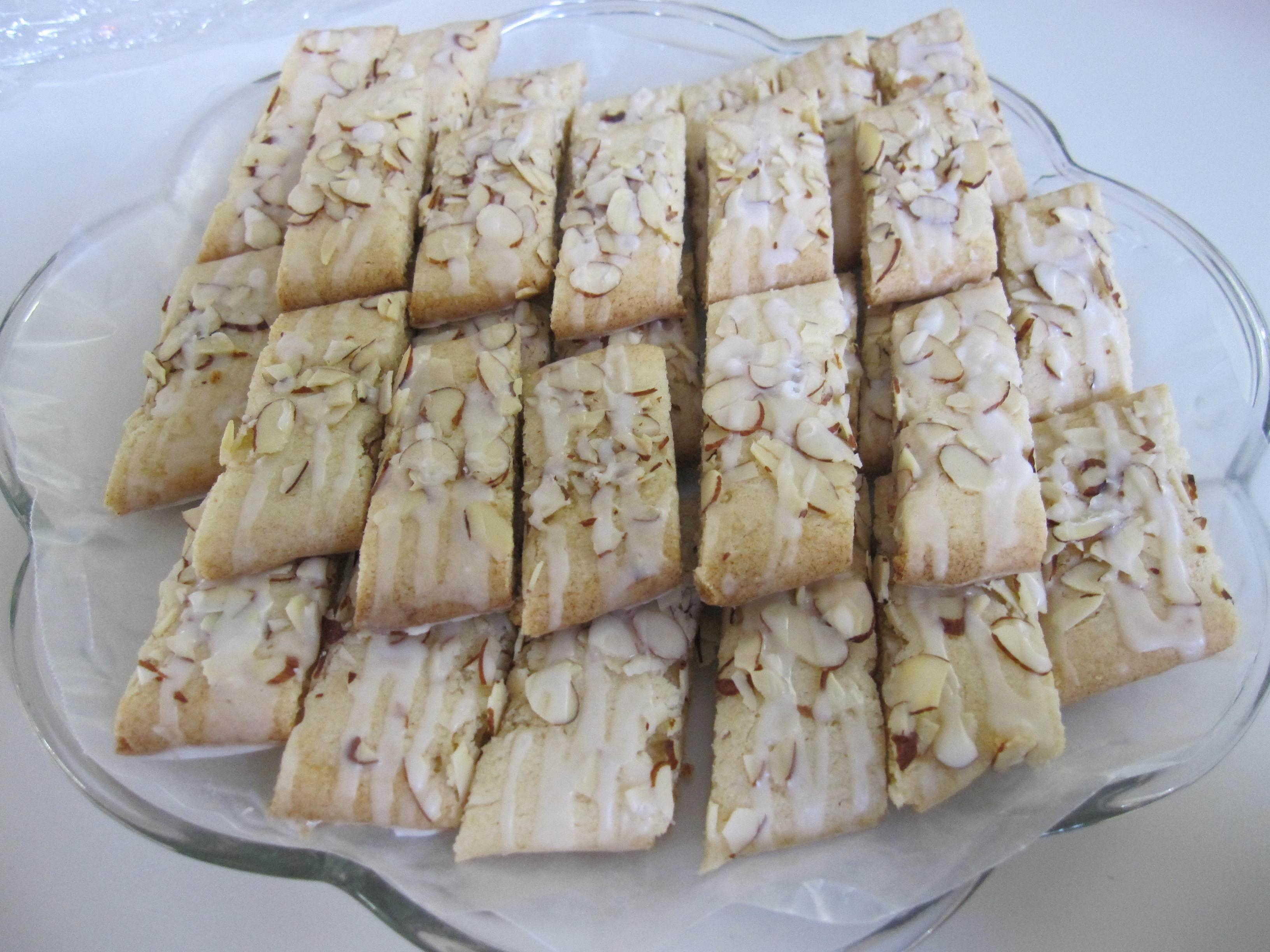 Swedish Christmas Cookies  Scandinavian Almond Bars Moms Own Words