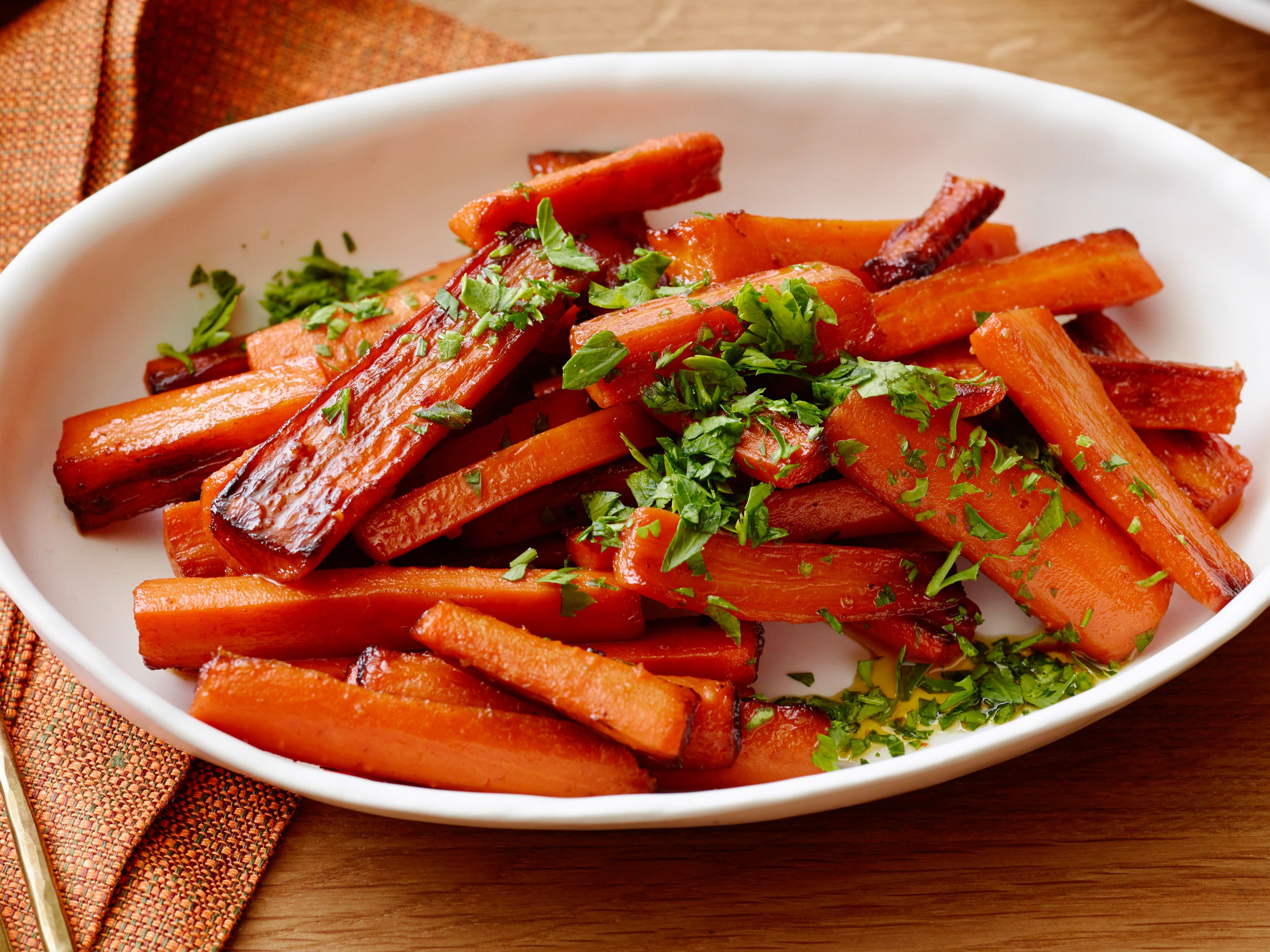 Thanksgiving Carrot Side Dishes  Glazed Carrots Recipe
