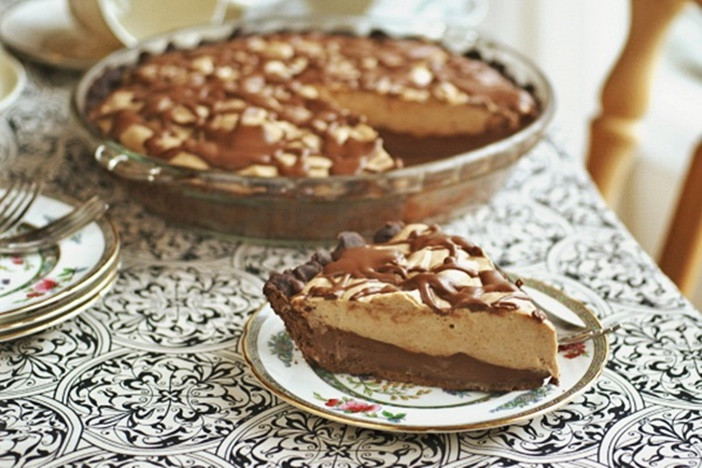 Thanksgiving Chocolate Pie  Dairy Free Pies Over 75 Recipes for the Holidays