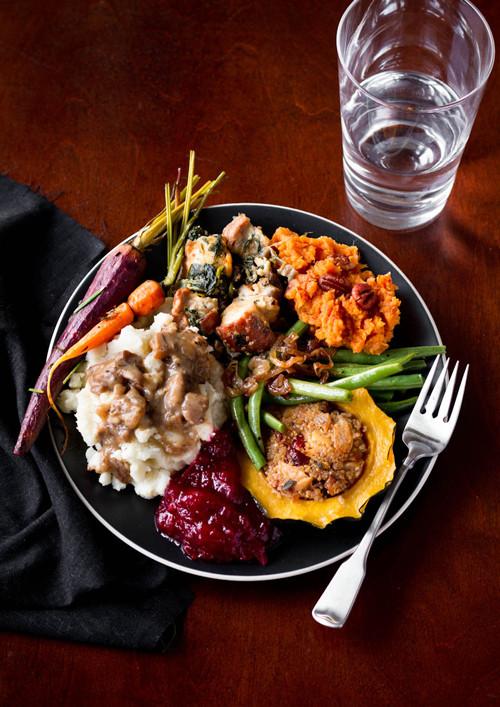 Thanksgiving Dinner Food  A Ve arian Thanksgiving Menu