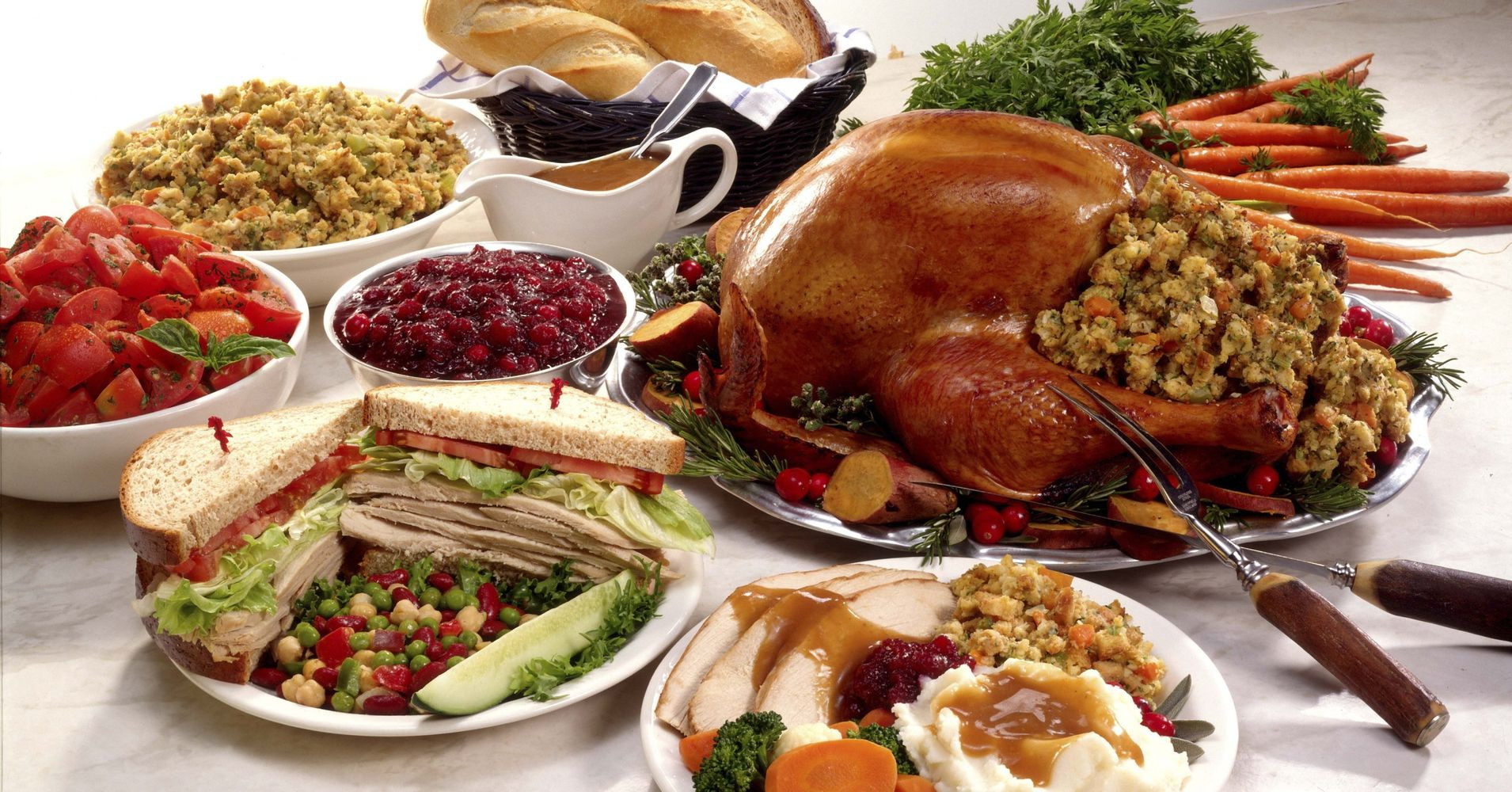 Thanksgiving Dinner Food  Yes Thanksgiving Dinner Really Could Trigger A Heart