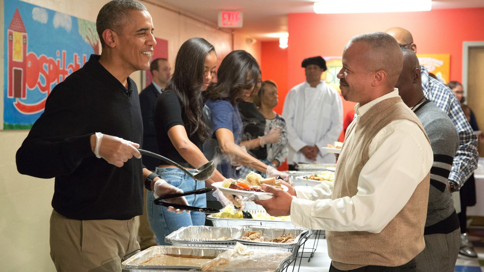 Thanksgiving Dinner In Dc  Here's Why This 2 Year Old of Barack Obama Is Trending