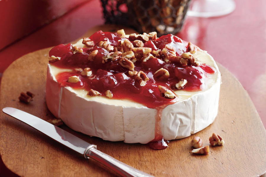 Thanksgiving Dips And Spreads  Cherry Pecan Brie Holiday Appetizer Recipes Southern
