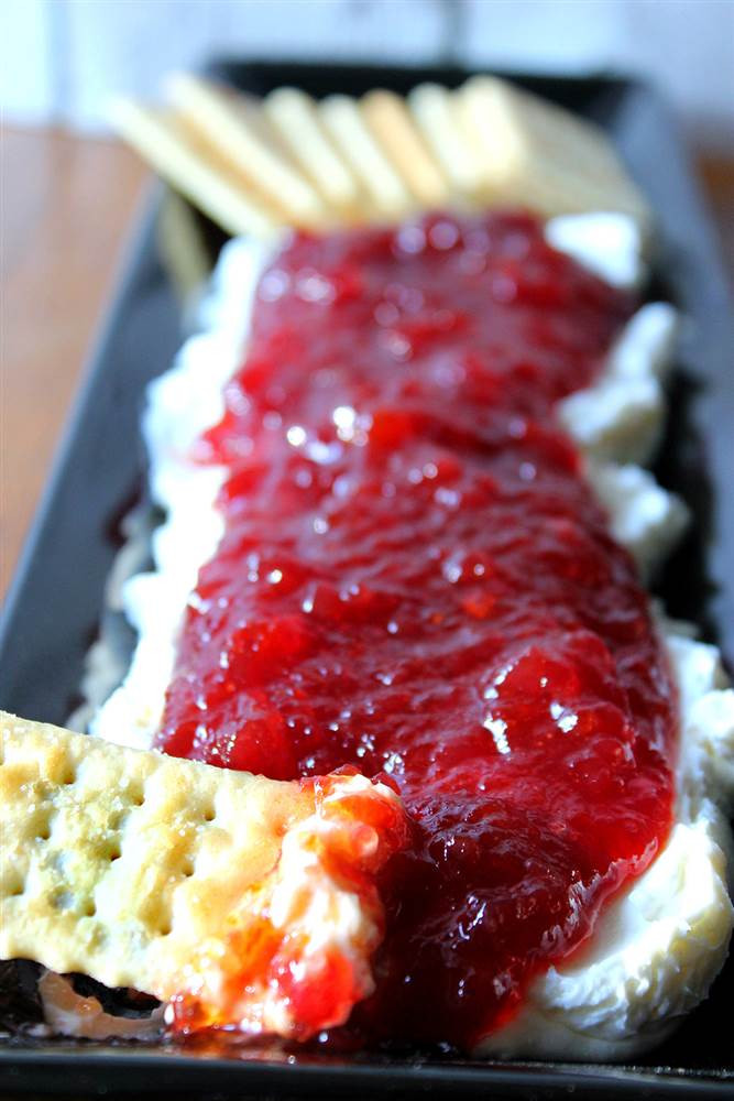 Thanksgiving Dips And Spreads  Easy Thanksgiving appetizers 11 simple recipes and ideas