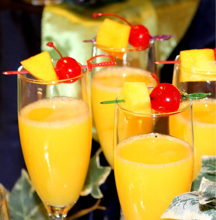 Thanksgiving Drinks Alcoholic  10 of the Best Thanksgiving Cocktail & Mocktail Drinks