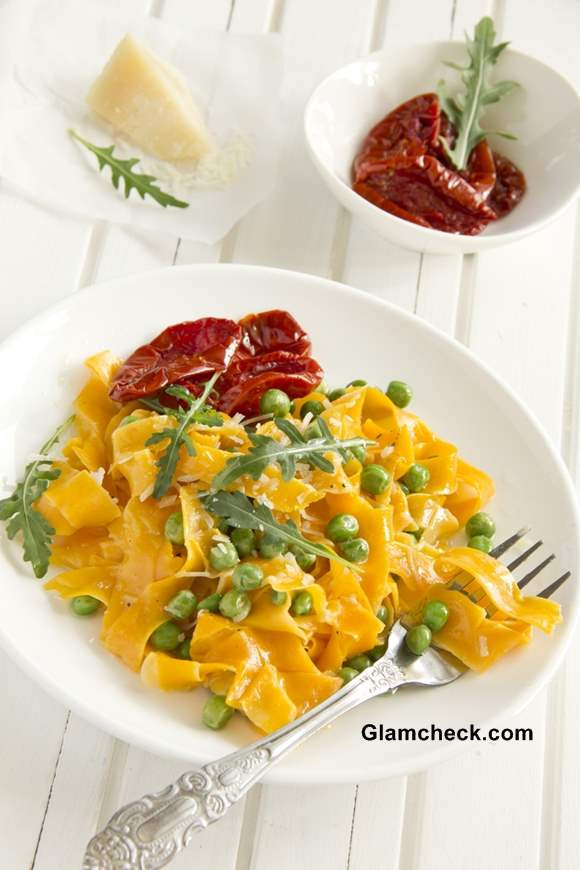 Thanksgiving Pasta Side Dishes  Serve Pumpkin Dishes Stylishly This Thanksgiving