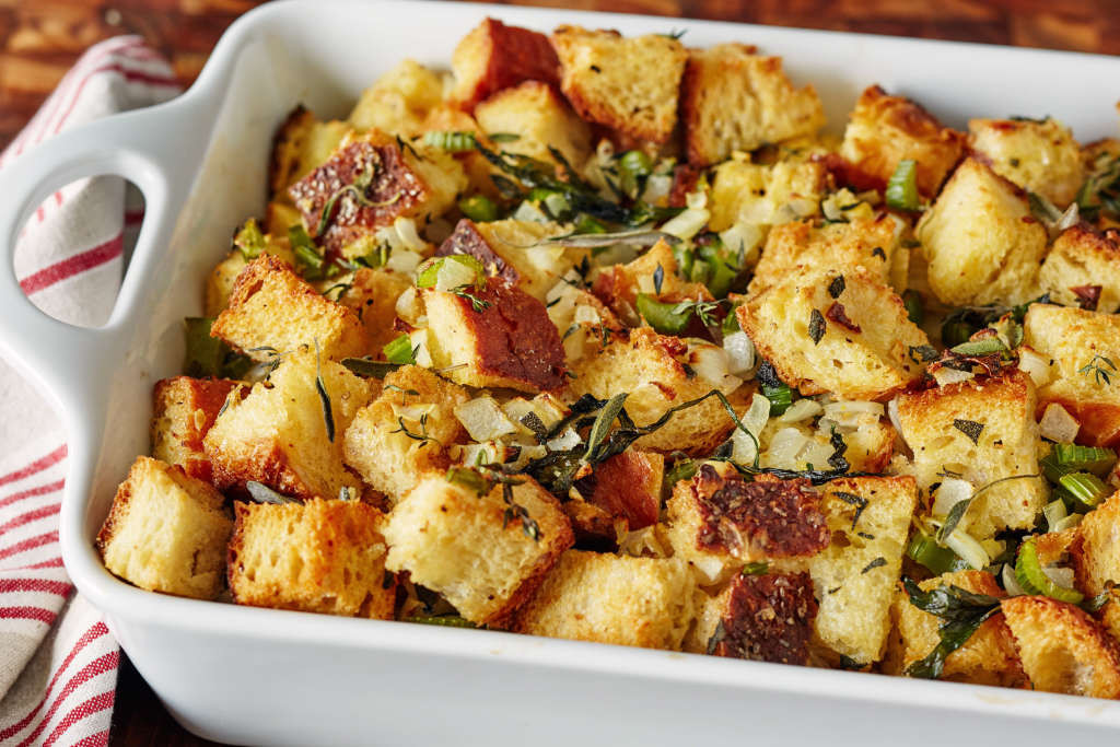 Thanksgiving Turkey Dressing  How To Make the Very Best Thanksgiving Stuffing