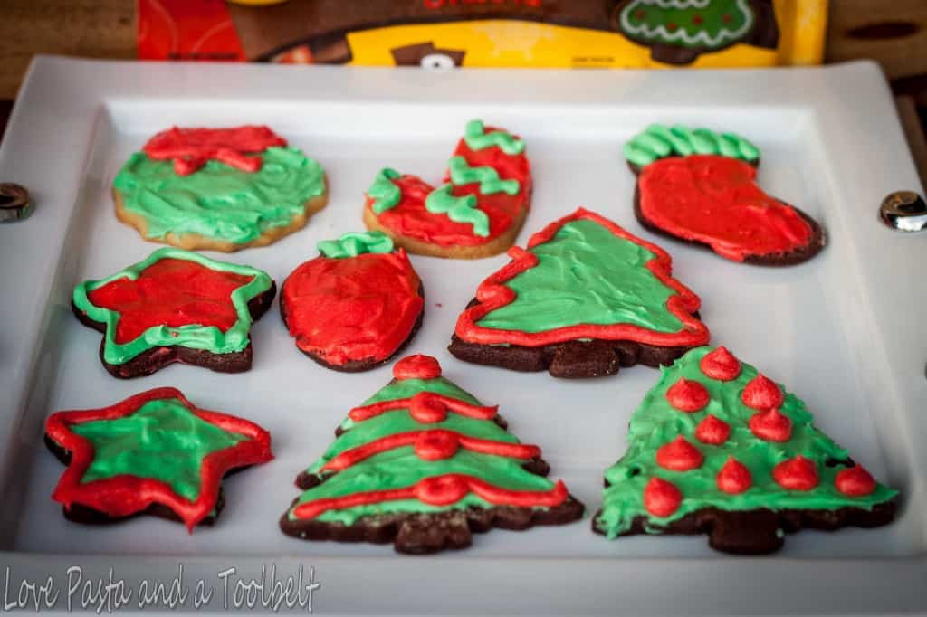 Toll House Christmas Cookies  Christmas Cookies with Nestle Toll House Cookie Dough
