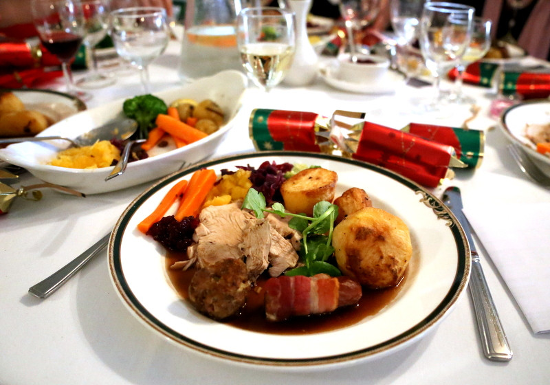 Traditional American Christmas Dinner  7 Things American's won't about a Traditional British