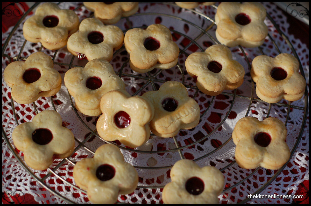 """Traditional Christmas Cookies  The Kitchen Lioness Traditional Christmas Cookies """"Welser"""