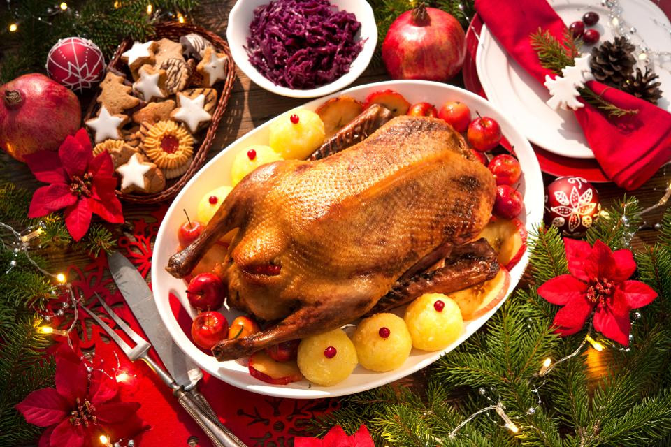 Traditional Christmas Dinners  If You re Tired Traditional Christmas Dinner Try These