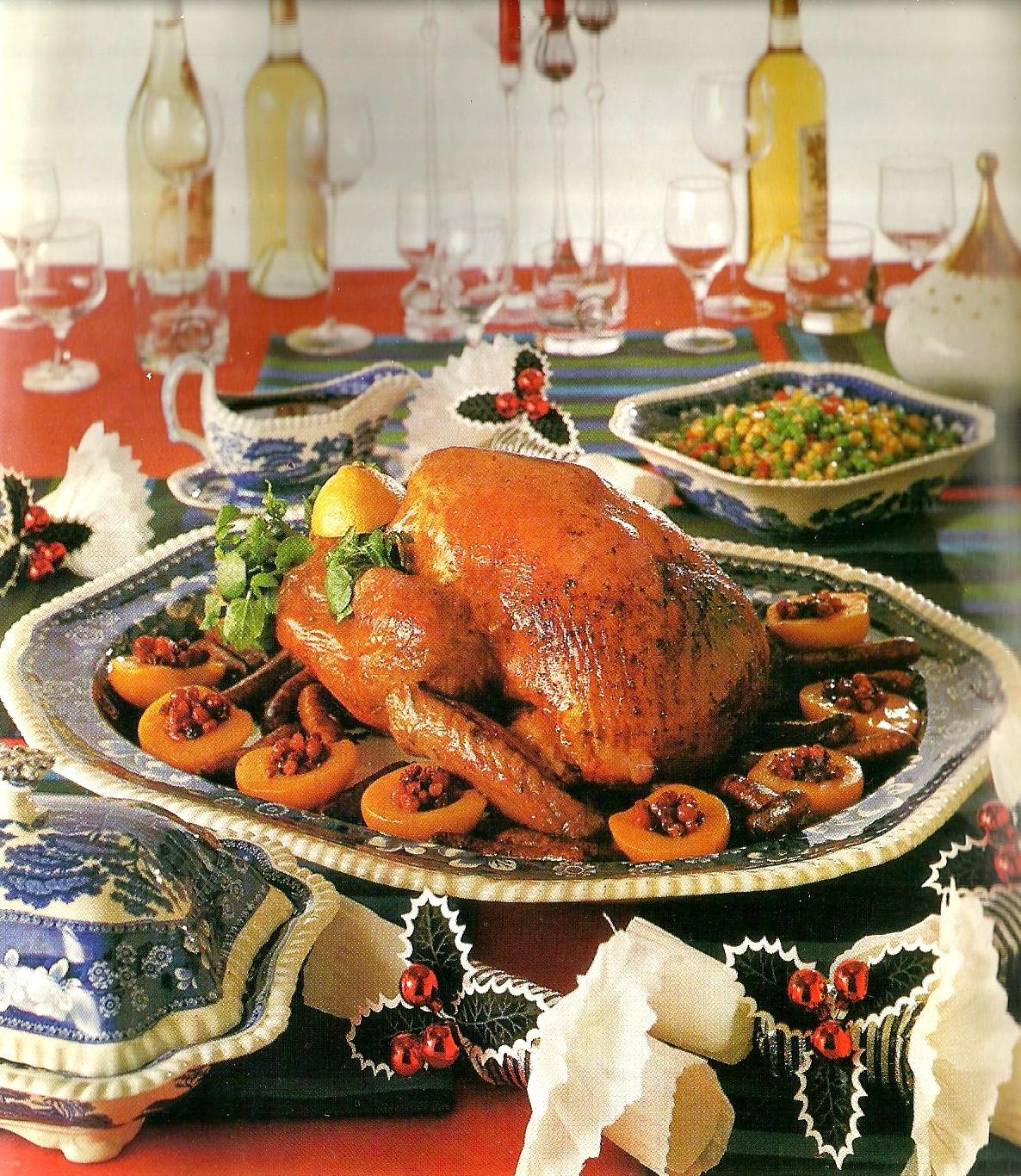 Traditional Christmas Dinners  A Traditional Christmas Dinner
