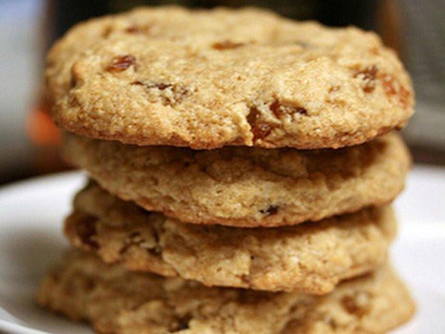 Traditional Irish Christmas Cookies  Irish whiskey cookies perfect for Christmas