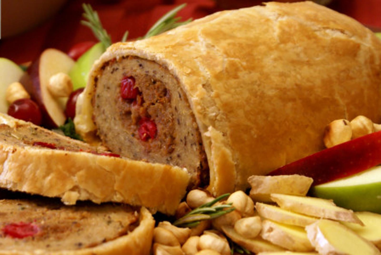 Turkey Alternatives Thanksgiving  The Best Meatless Turkey Alternatives for Thanksgiving