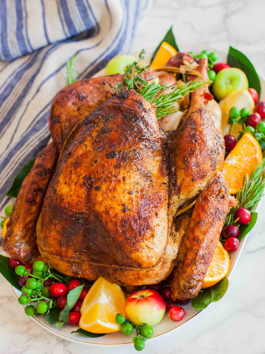 Turkey On Thanksgiving  Garlic Butter Thanksgiving Turkey With Gravy Tatyanas