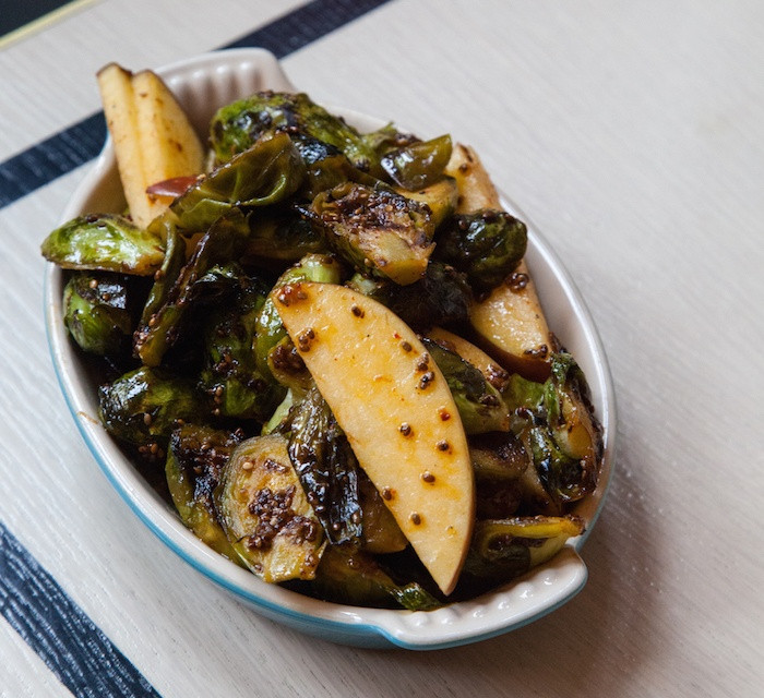 Vegetable Side Dishes For Thanksgiving  Healthy Thanksgiving ve arian side dishes