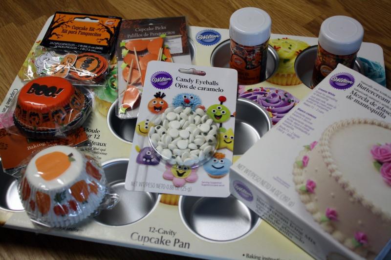 Walmart Halloween Cupcakes  Mommy s Kitchen Recipes From my Texas Kitchen Halloween