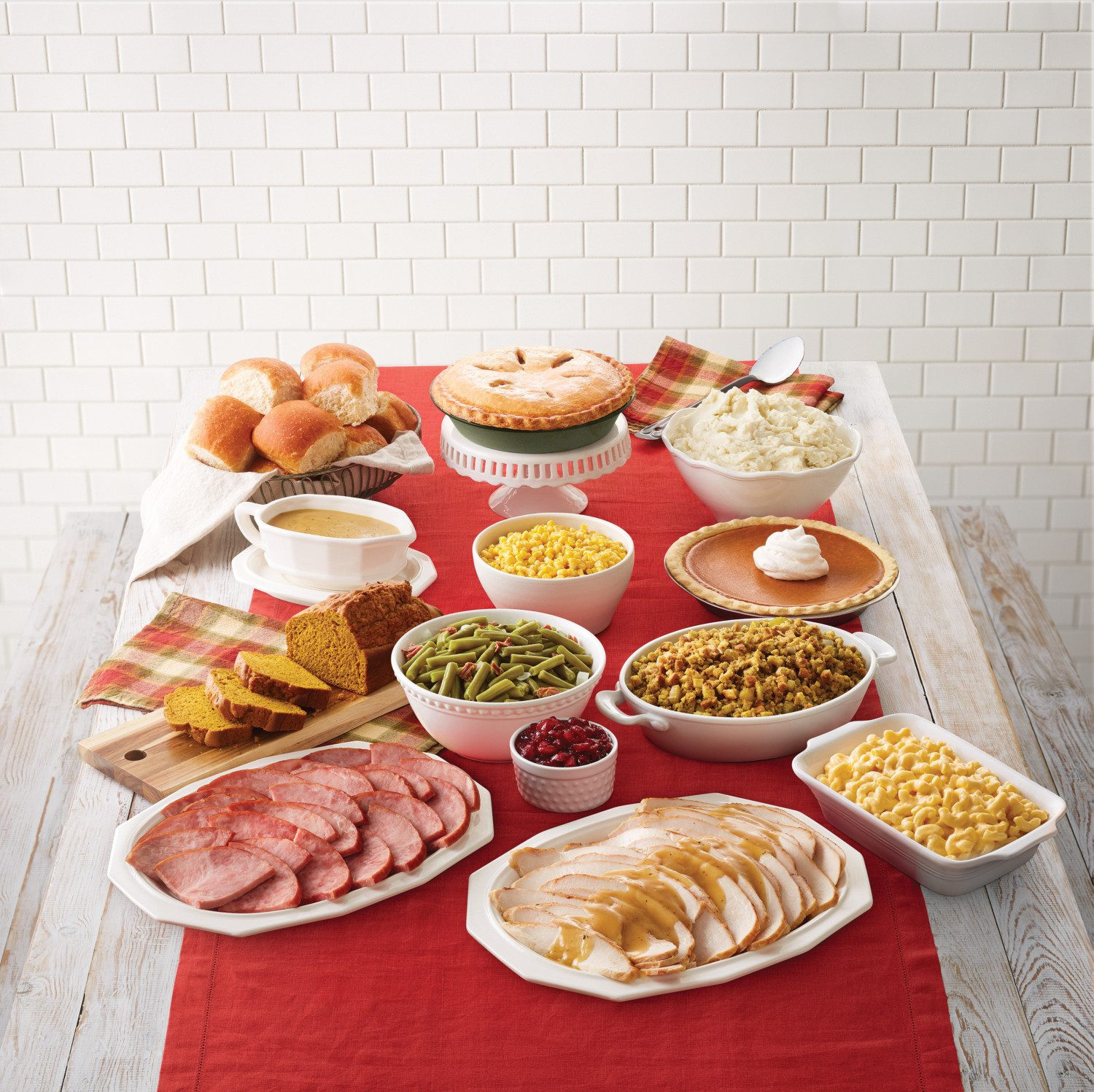 Walmart Pre Cooked Thanksgiving Dinners  Pre Made Thanksgiving Meal From Bob Evans Simplemost