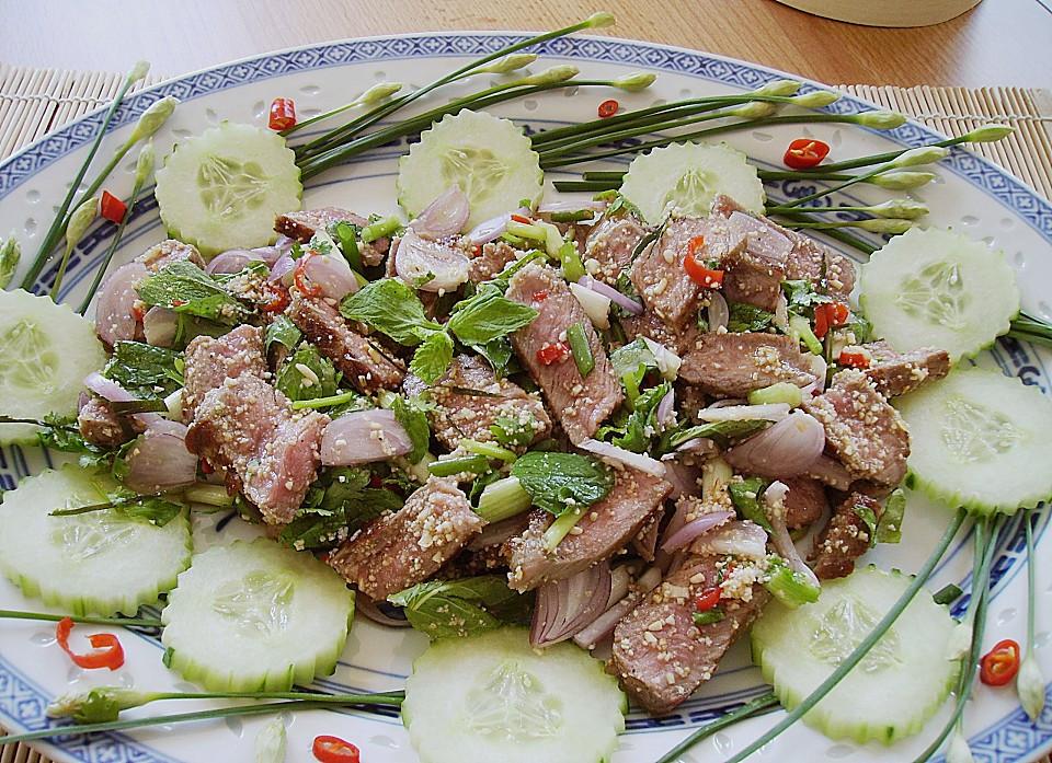 Waterfall Beef Salad  Thai Rindfleisch Salat mit Minze und Koriander