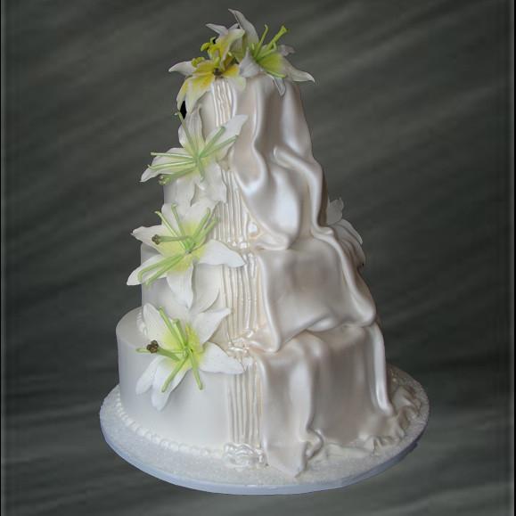 Waterfall Wedding Cakes  Cascading Waterfall Wedding Cake Palermo s