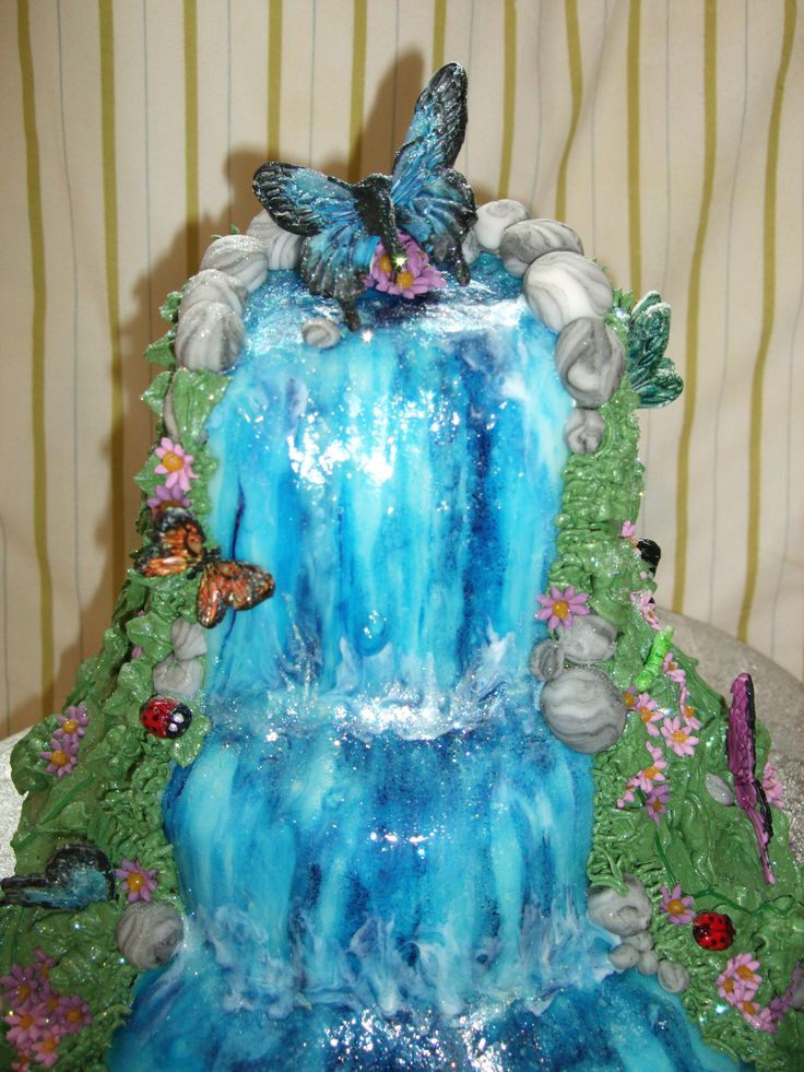 Waterfall Wedding Cakes  17 Best ideas about Waterfall Cake on Pinterest