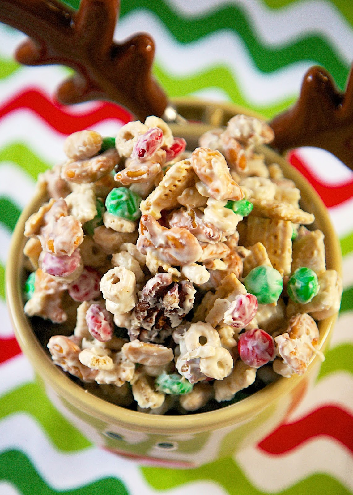 White Trash Christmas Candy  White Trash Mix